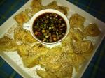 Gebratene Süßkartoffel-Shiitake-Wantans mit Sesam und Ingwer-Soja-Dip